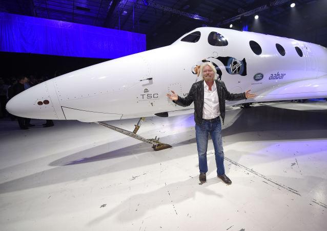 سفر ریچارد برانسون میلیاردر به فضا