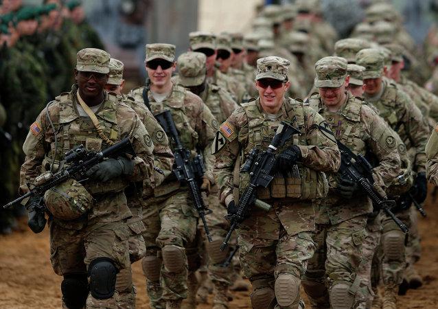 ارسال هزار نظامی از آمریکا به لهستان در بهار امسال