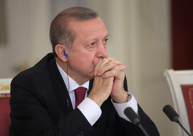 حذف دلار از روابط تجاری ترکیه و هند