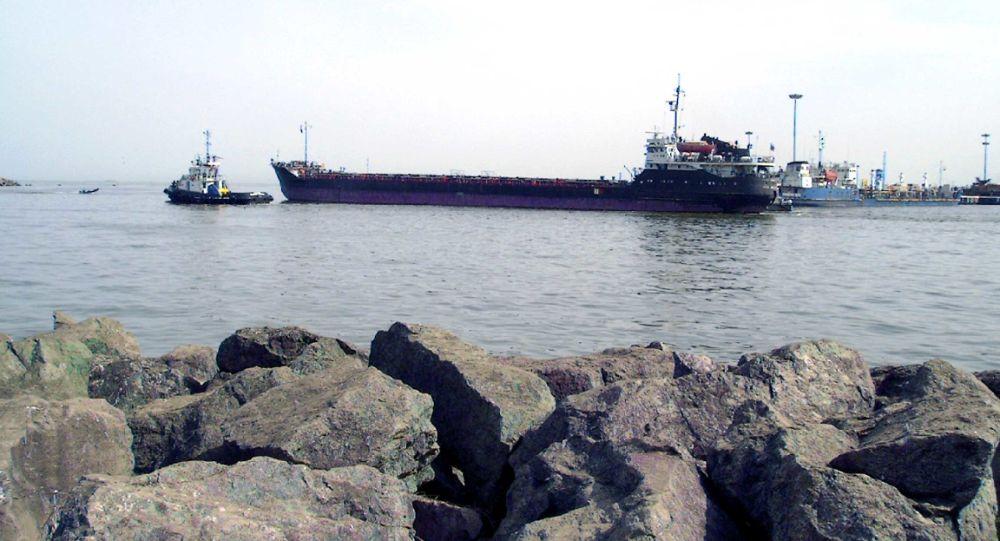 انتشار نخستین تصاویر از آسیب وارده به کشتی ایرانی در دریای مدیترانه