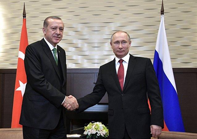 واهمه دولت ترامپ از نزدیکی روسیه و ترکیه