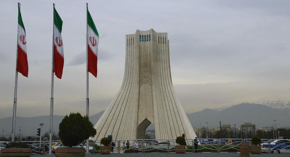 اخراج 10 درصد از نیروهای مازاد دستگاههای اجرایی ایران