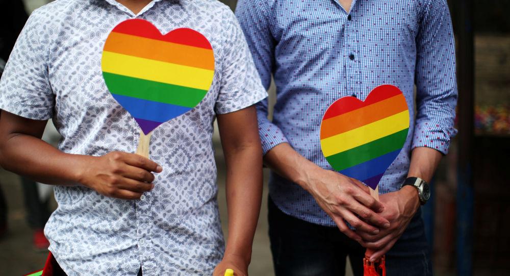 جشن ازدواج نمادین زوجهای همجنس و غیرهمجنس در سوئیس +ویدئو، عکس
