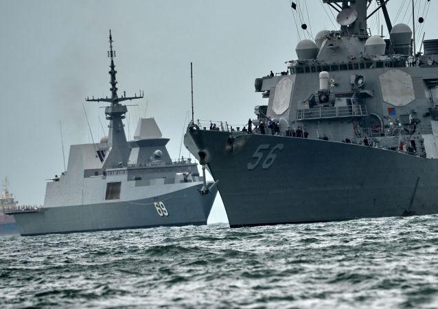نیروی دریایی آمریکا: سه دریانور ایرانی را نجات دادیم