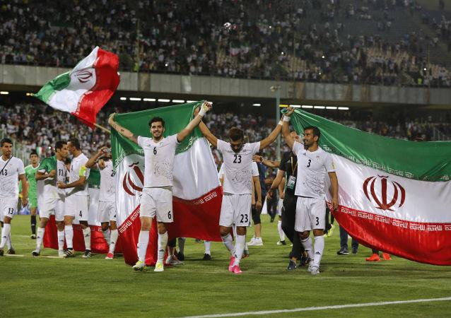 چرا نباید قبل از بازی با تیم ملی فوتبال ایران قلیان کشید؟