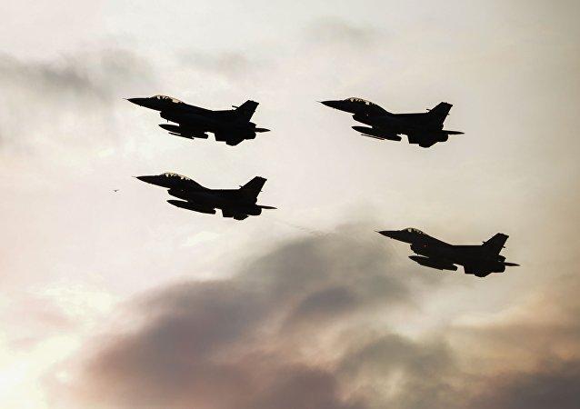 پرواز گسترده جنگنده های ائتلاف آمریکا در سوریه