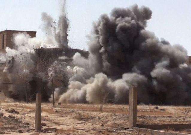 نیروهای مسلح عراق، 30 فرمانده داعش را در حمله هوایی کشتند