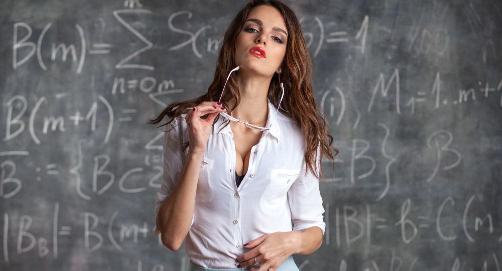 رابطه جنسی معلم و دانش آموز آمریکایی در کلاس درس + عکس