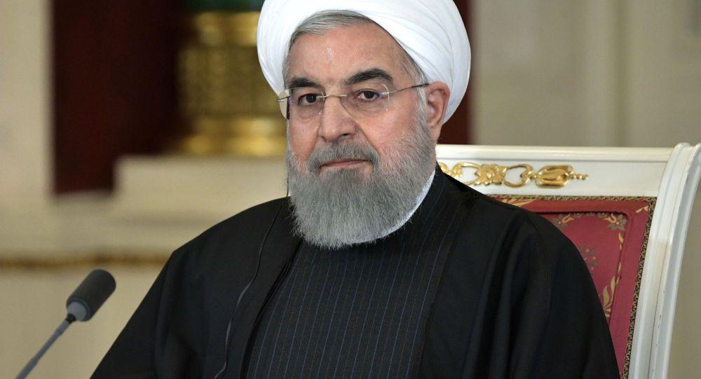روحانی: آمریکایی ها در مسئله برجام فرصت سوزی کردند