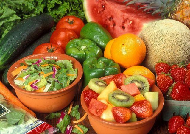 کدام مواد غذایی ایمنی بدن انسان را تقویت می کنند؟