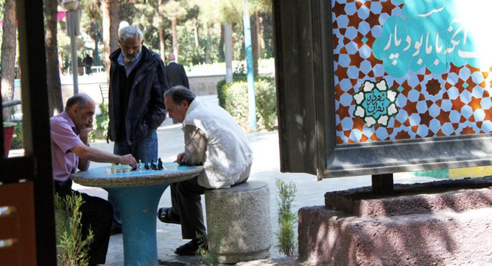 خبر خوش برای بازنشستگان دولت در ایران