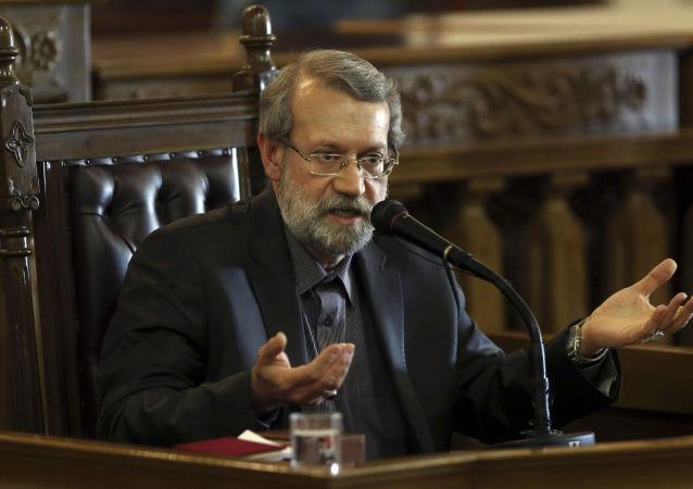لاریجانی: عبارت عدم پیشبینی حکمی در قانون انتخابات بهانه است