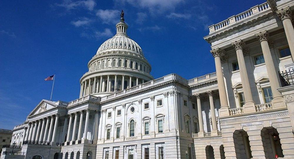 پیشنهادات جالب یک سناتور آمریکایی برای کاهش تنش میان ایران و آمریکا