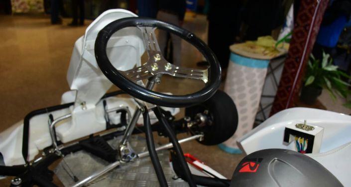 ساخت اولین خودروی کارتینگ برقی در ایران توسط مخترع زاهدانی