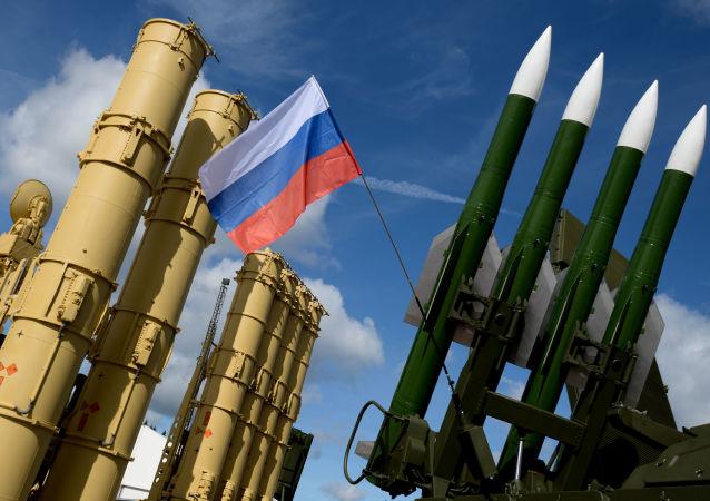 پیش بینی سقوط ناتو در صورت حمله روسیه