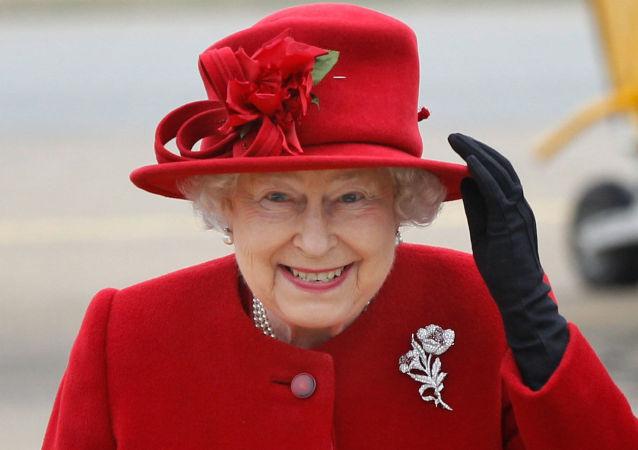 رسانه ها: داعش برای ترور ملکه بریتانیا آماده می شود