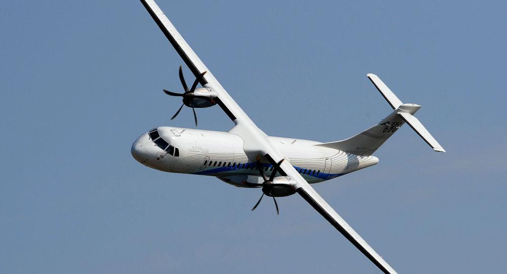 هواپیمای نظامی در بولیوی که حامل کارکنان وزارت بهداشت بود سقوط کرد