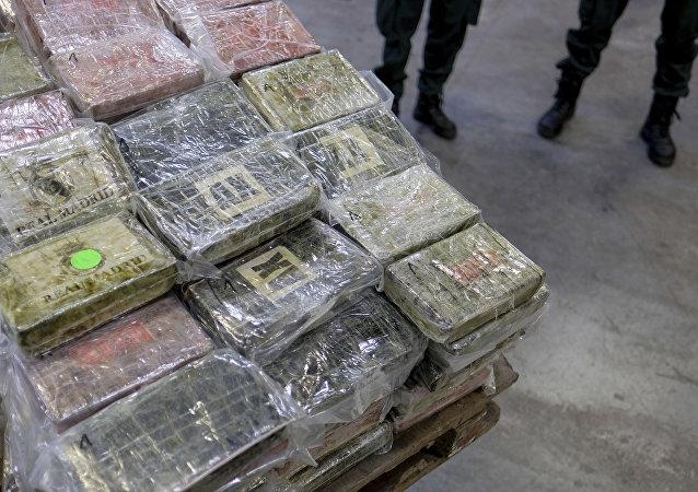 امارات بزرگترین محموله کوکائین 136 میلیون دلاری را ضبط کرد