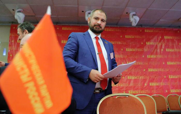 ماکسیم سورایکین، از حزب «کمونیست های روسیه» نامزد انتخابات ریاست جمهوری روسیه