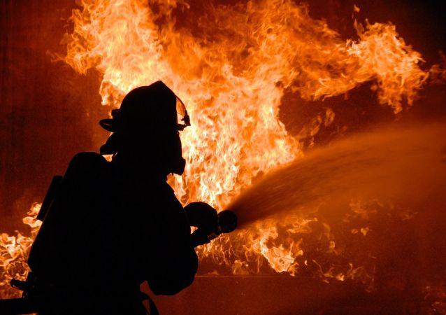 آتش سوزی شدید در بازارچه بزرگ مطهری نجف آباد
