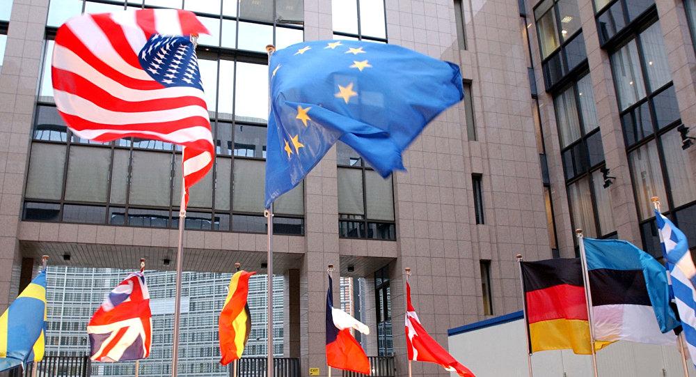 تلاش اتحادیه اروپا برای بازگرداندن امریکا به برجام