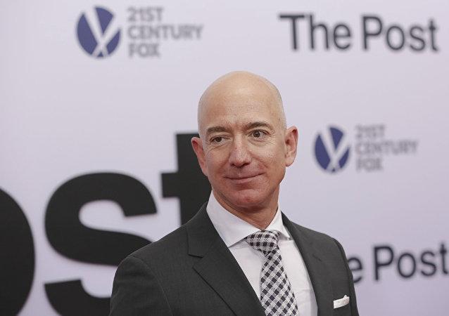 ثروتمندترین مرد جهان رکورد ثروتمندترین فرد را زد