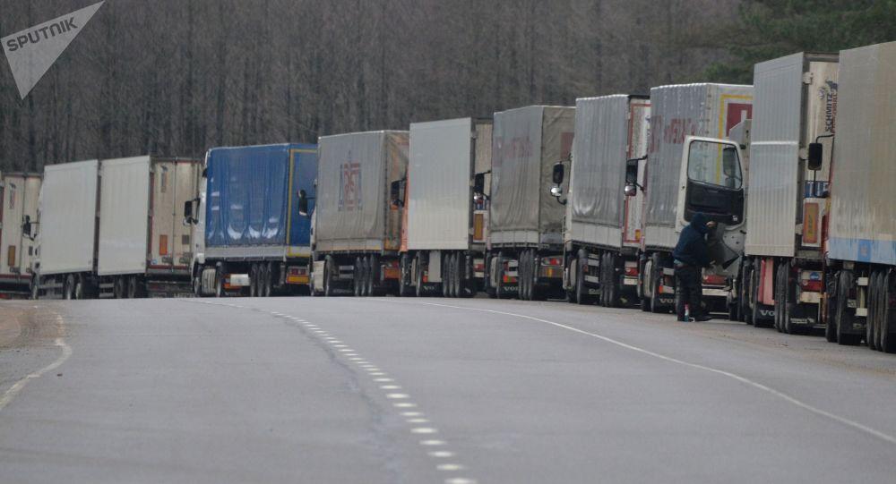 ممنوعیت ورود کامیون های ایرانی به ترکیه