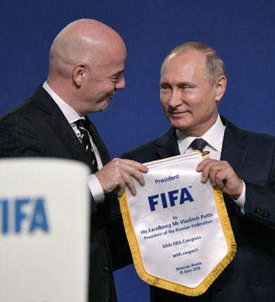 آیا پوتین فوتبال بازی می کند؟