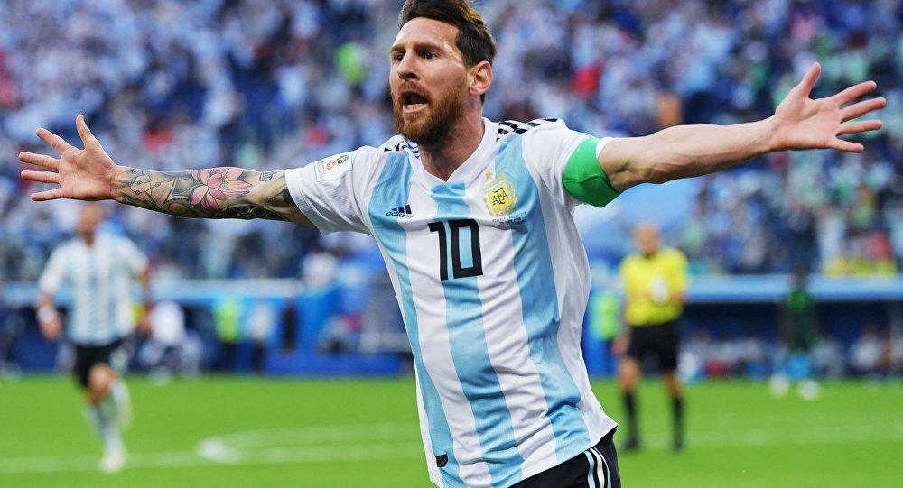 واکنش کاربران به خداحافظی اشکبار ستاره فوتبال آرژانتینی +ویدئو
