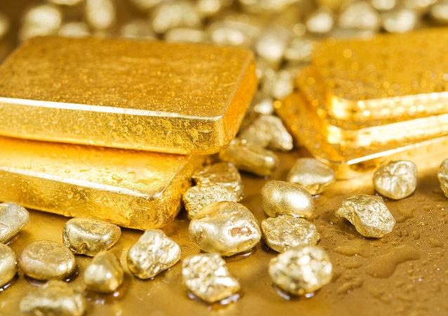صاحب لباس طلای 240 هزار دلاری در هند به قتل رسید