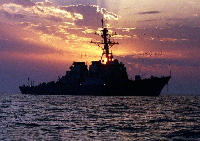 ایران توانایی بستن خلیج فارس بر روی ناو آمریکایی را دارد