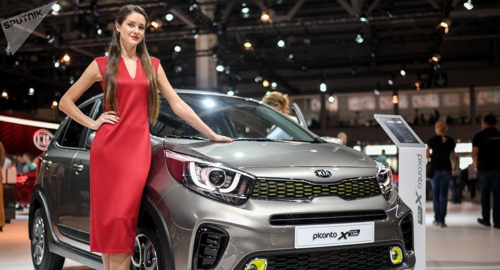 پیش بینی افت قیمت تا 80 درصدی خودروهای خارجی در ایران