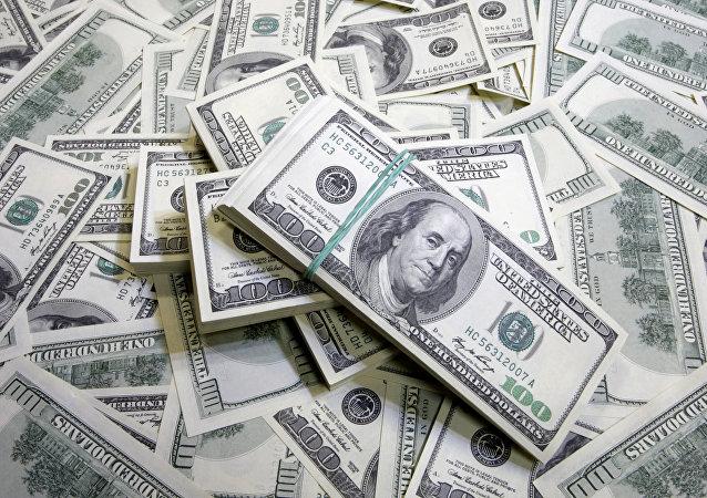 خروج حدود۳میلیارد دلار سرمایه از ایران طی فقط سه ماه