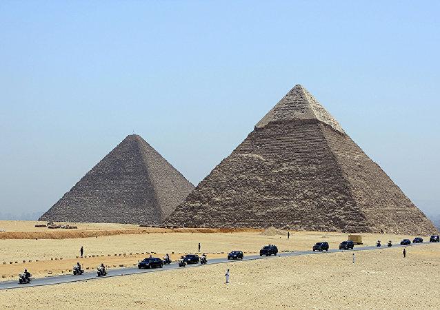 تهدید داعش برای نابودی اهرام مصر (ویدیو)