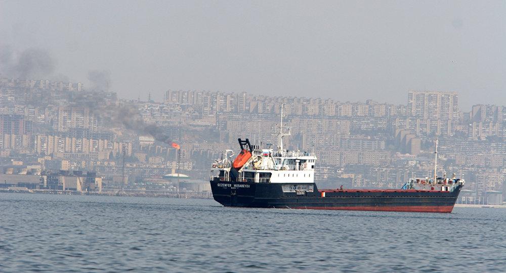 آتش سوزی نفتکش روسیه در دریای خزر