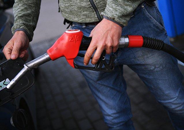 سهمیه بنزین برای نوزادان ایرانی