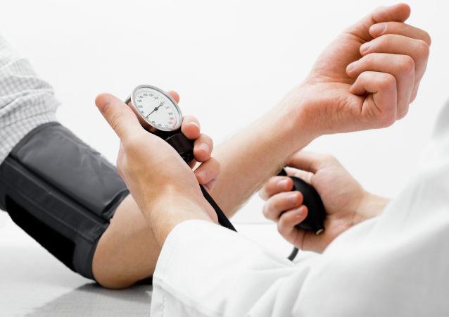 آیا قرصهای فشار خون بالا بر روند ابتلا به کرونا تأثیر دارد؟