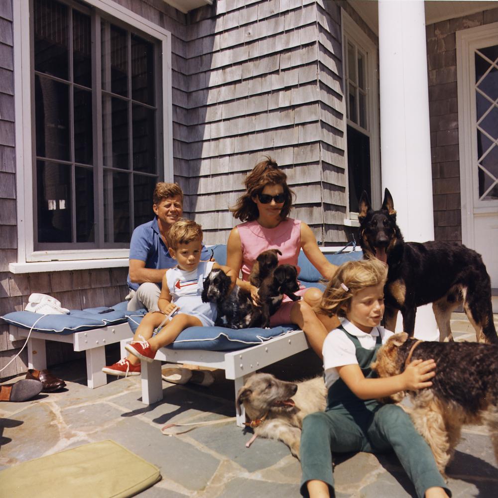 تعطیلات خانوادگی کندی در بندر گیانیس آمریکا