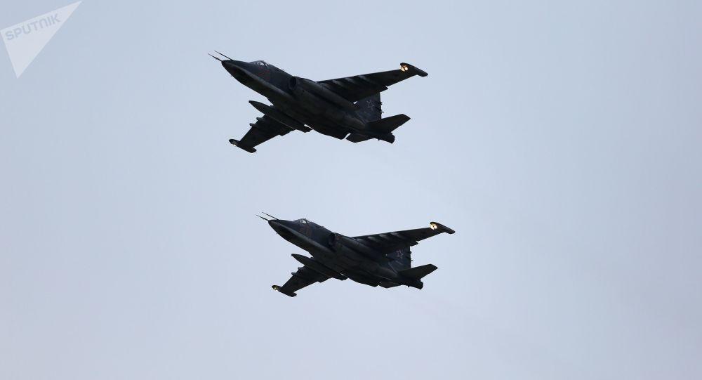تمرین پرواز رژه پیروزی