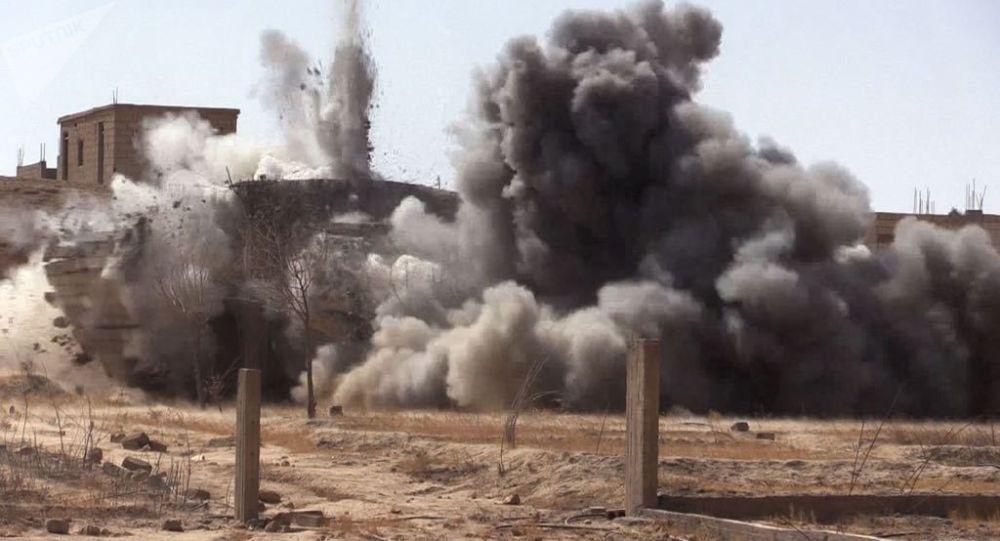 پایگاه آمریکا در دیرالزور مورد هدف قرار گرفت