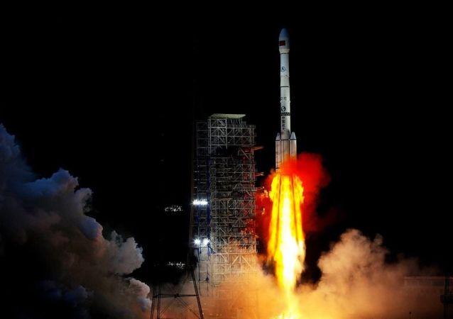 فضاپیمای چانگه-4 آماده فرود بر روی ماه می شود
