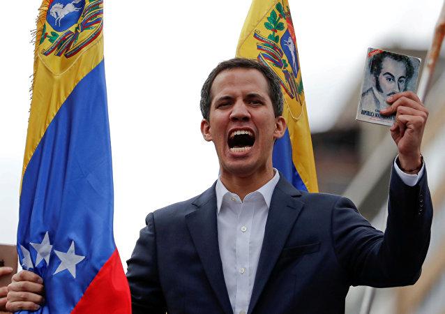 کدام کشورها از مخالفان مادورو، رهبر ونزوئلا حمایت کردند؟