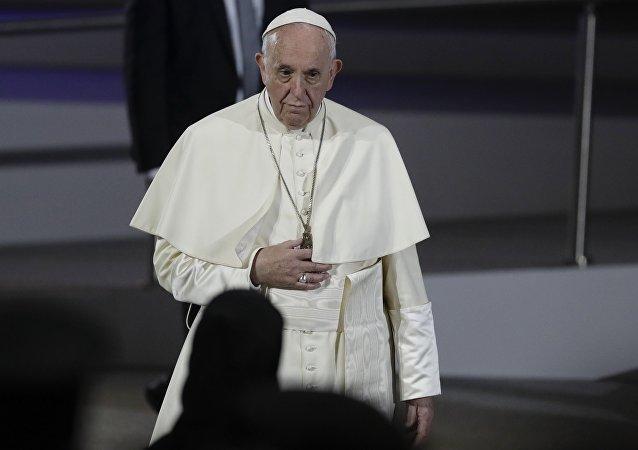 اسقف رم برای عمل به بیمارستان رفت