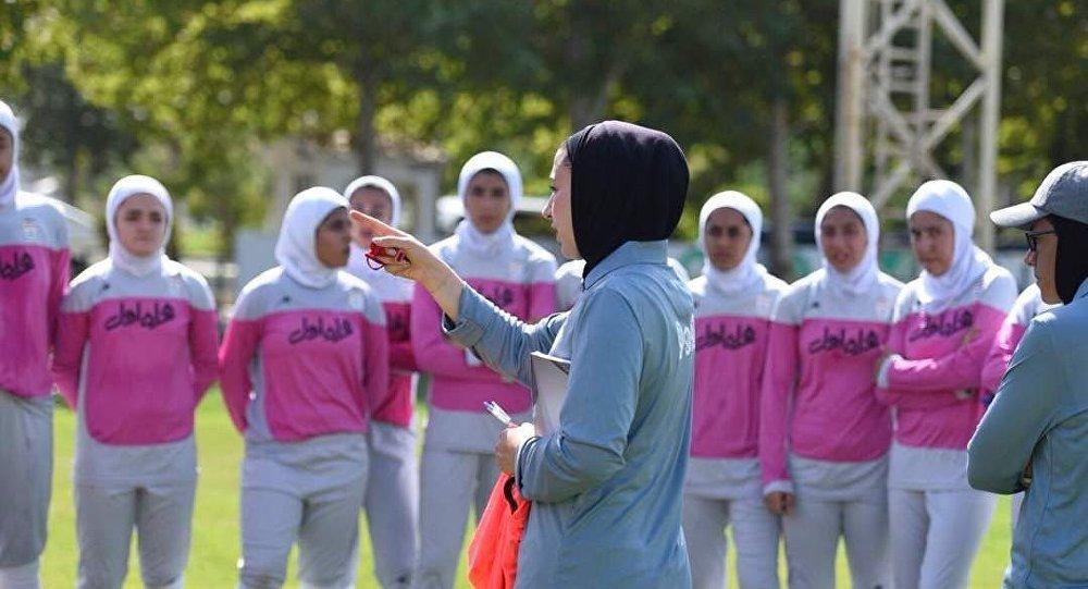 استقبال گسترده کاربران از صعود تیم فوتبال بانوان ایران به جام ملتهای آسیا +ویدئو، عکس