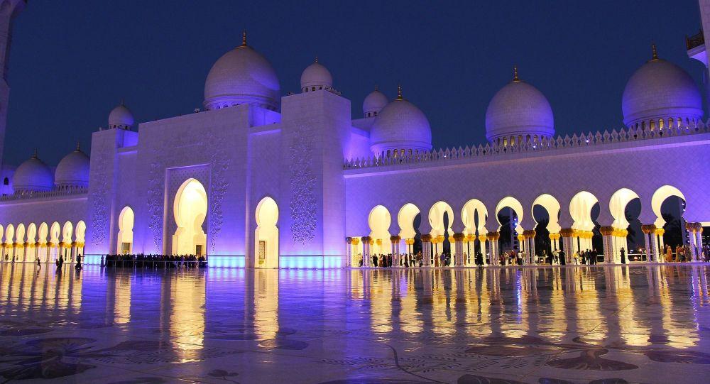 امارات در آستانه شکاف و تجزیه