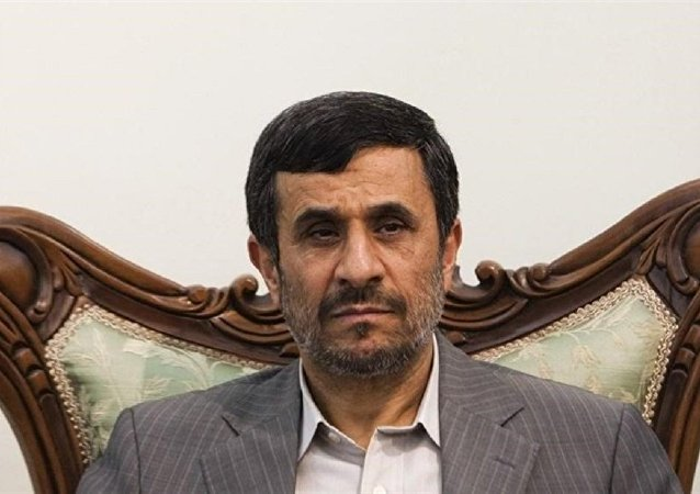 افشاگری داوری درباره حضور احمدی نژاد در جبهه خوزستان