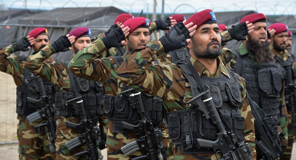 رژه نظامی در پاکستان در شرایط تنش با هند
