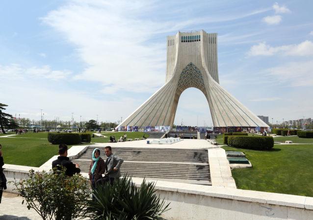 در ایران یک محقق ایرانی- فرانسوی به زندان محکوم شد