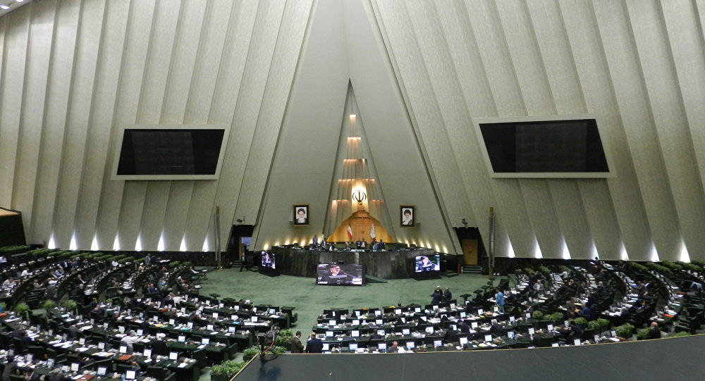 کرونا دور دوم انتخابات مجلس ایران را به تعویق انداخت