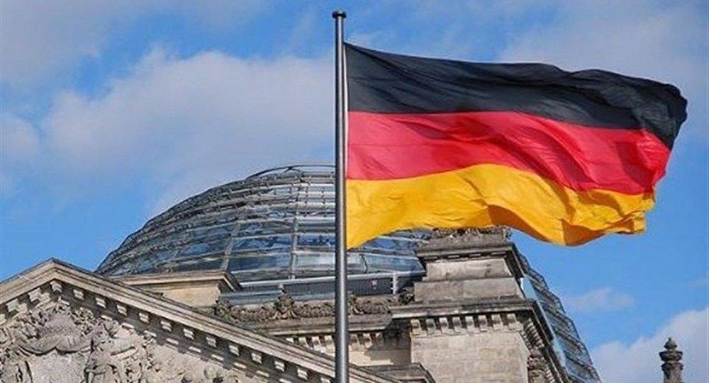 نتایج نخست انتخابات پارلمانی آلمان: سوسیال دموکرات ها با کسب 26 درصد آرا پیشتاز هستند